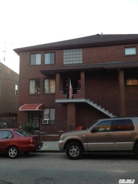 64-49 Perry Ave, Maspeth, NY