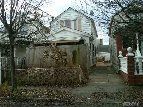 142-40 Bascom Ave, Jamaica, NY