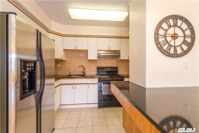 111-20 73 Ave #APT 8c, Forest Hills, NY