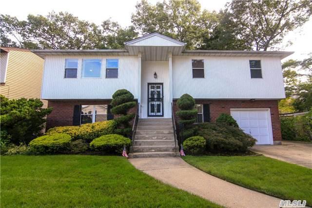 1497 Jenkins St, Merrick, NY 11566