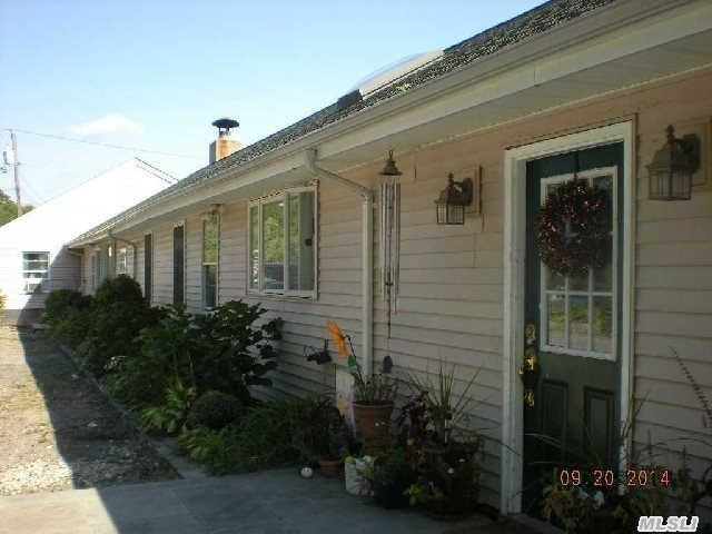 415 Munsell Rd, Patchogue, NY