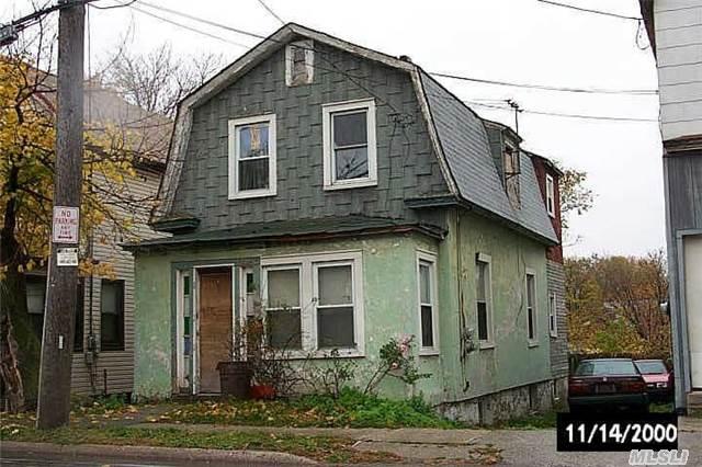 51 Plainfield Ave, Elmont, NY