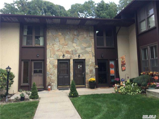 12 Fir Ct #12, Selden, NY 11784