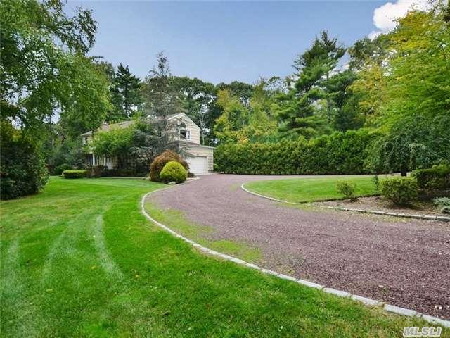 274 Muttontown Eastw Rd, Syosset, NY