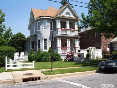 84 Holly Ave, Hempstead, NY