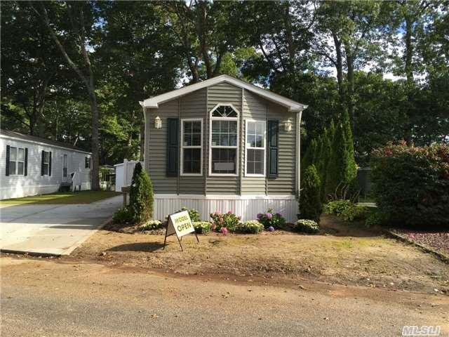1661-182 Old Country Rd, Riverhead NY 11901