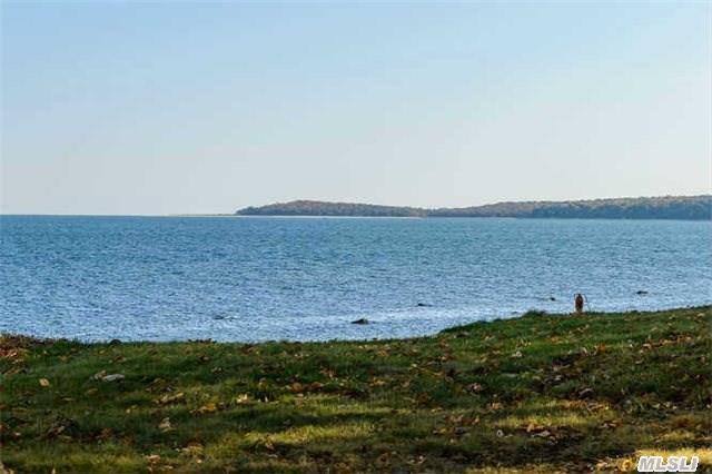 17 Beach Dr, Lloyd Harbor, NY 11743