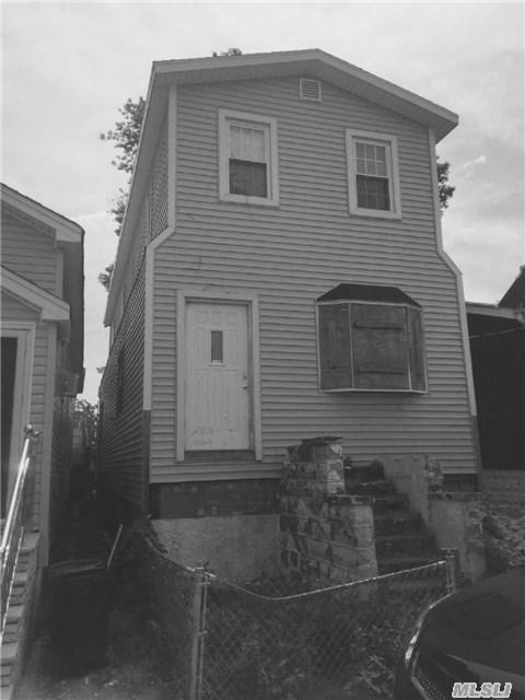 102-30 Calhoun Rd, Howard Beach, NY
