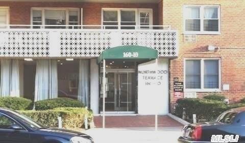 160-10 89 Ave #APT 3h, Jamaica, NY