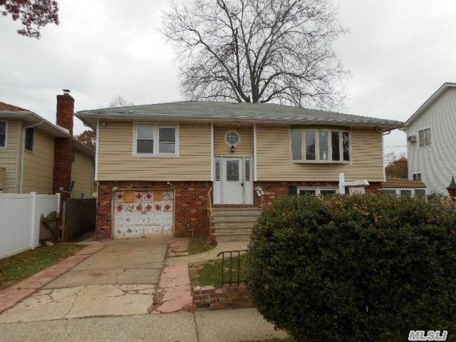 31 Johnson Pl, Hempstead, NY