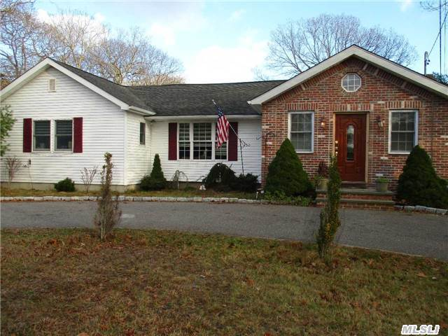 4816 SW 143 Road Loop, Out Of Area Town, NY 34473