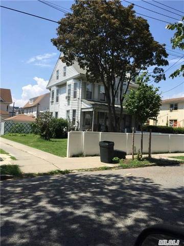 89-38 117th St, Richmond Hill NY 11418