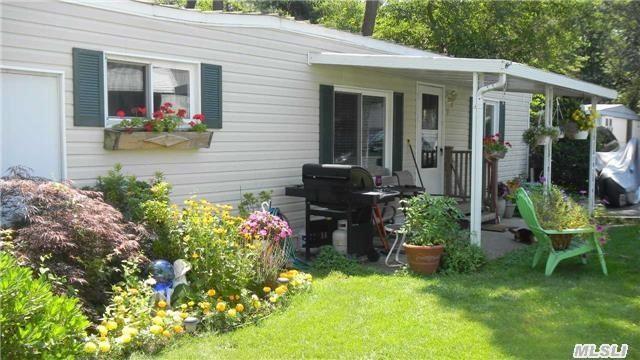 309-11 Fanning Blvd, Riverhead NY 11901