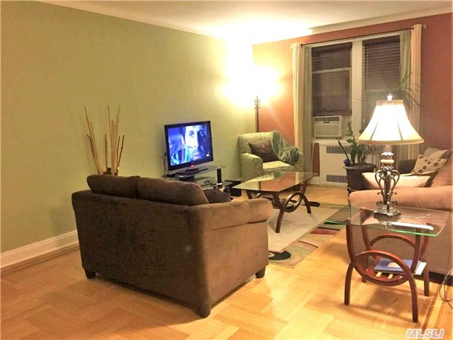99-45 67 Rd #APT 415, Forest Hills, NY
