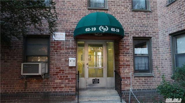 81 Stellenwerf Ave, Islip Terrace, NY