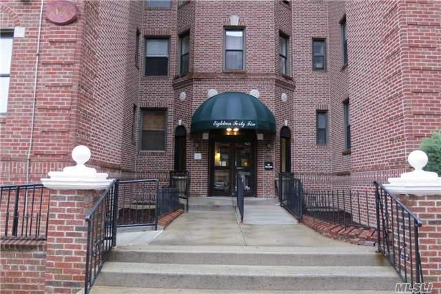 915 Coda Ct, Hempstead, NY