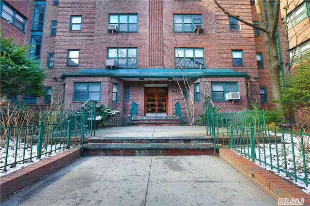 34-40 79th St #APT 2f, Jackson Heights, NY