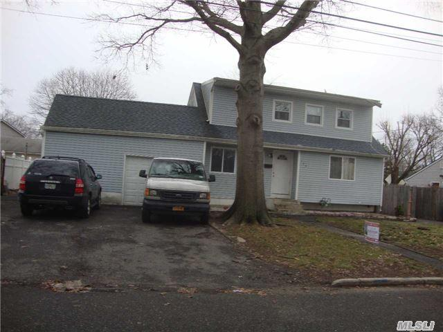 159 Front Ave, Brentwood NY 11717