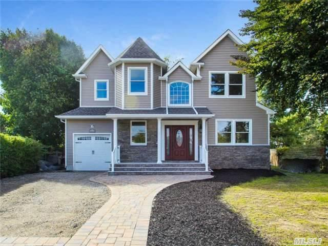 71 Lakeview Dr, Manorville, NY 11949