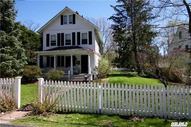 6 Grove St, Cold Spring Harbor NY 11724