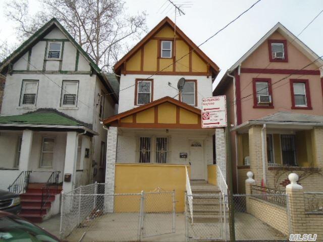 89-04 172nd St, Jamaica NY 11432