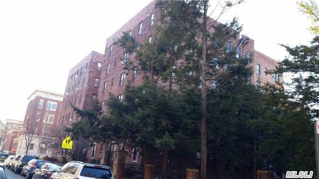 2515 Glenwood Road #5E, Brooklyn, NY 11210