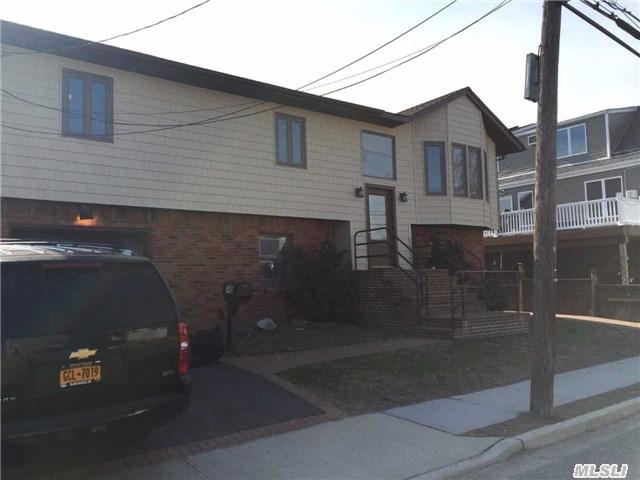 745 S 9th St, Lindenhurst, NY