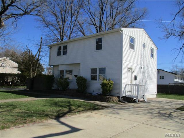 14 A Perry St, Brentwood NY 11717