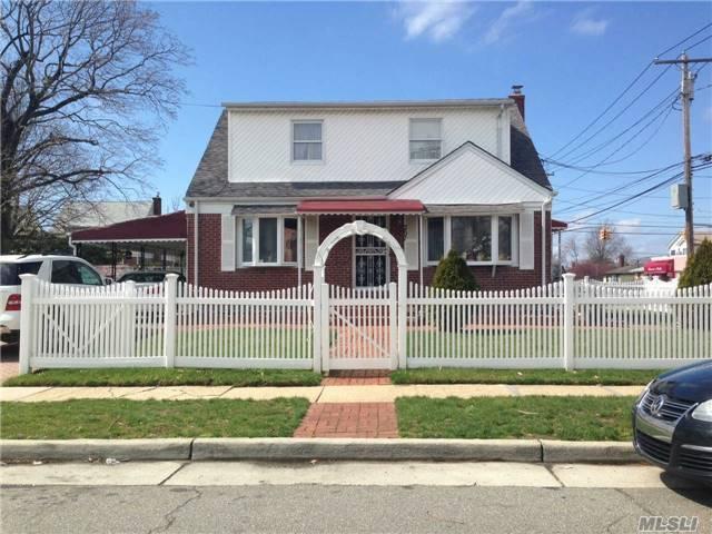 257 Brown Ave, Hempstead, NY 11550