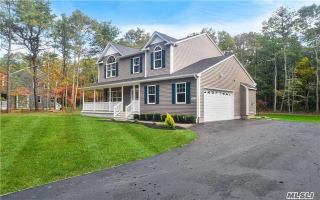 463 Wading River Rd, Manorville, NY 11949