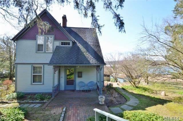241 Woodbine Ave, Northport NY 11768