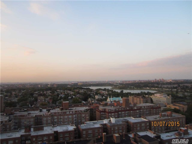 110-11 Queens Blvd #APT 22E, Forest Hills, NY