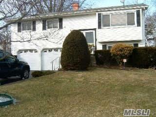 181 W Orange St, Brentwood NY 11717