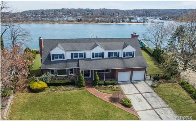 32 Sea Spray Dr, Centerport NY 11721