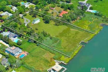32 Sunset Ave, East Quogue, NY 11942
