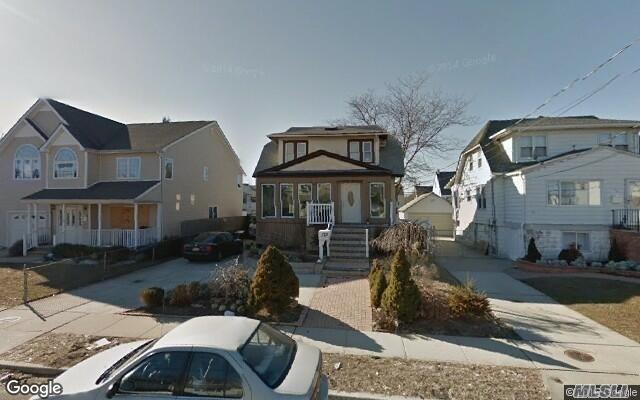 122 Westside Ave, Freeport, NY 11520