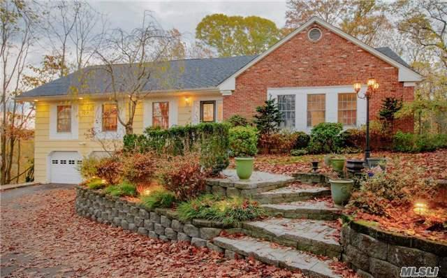 46 Pine Dr, Cold Spring Harbor NY 11724