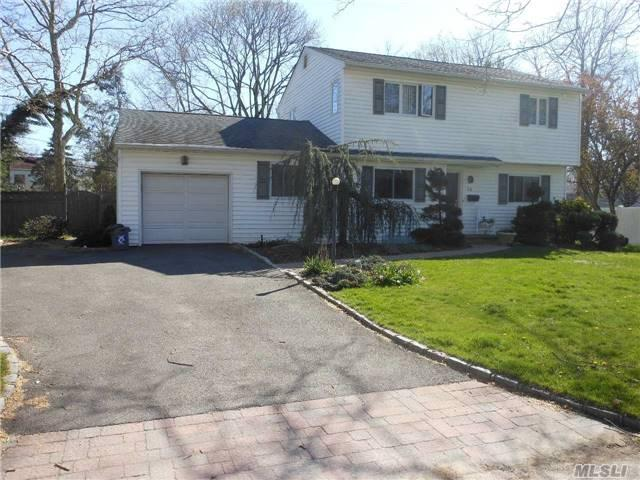 25 Newtown Ln, Melville, NY