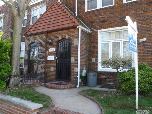 225-18 104 Ave, Queens Village, NY