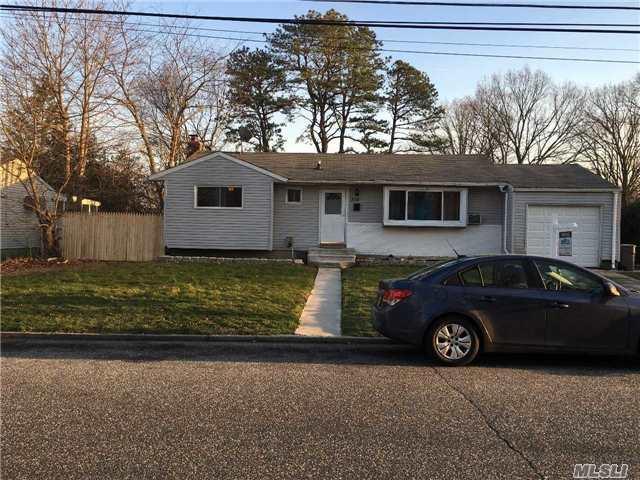 232 Milandy St, Brentwood NY 11717