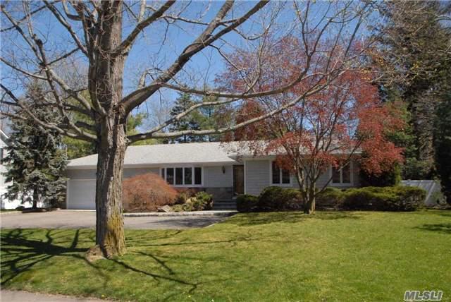 4 Homestead Path, Huntington NY 11743