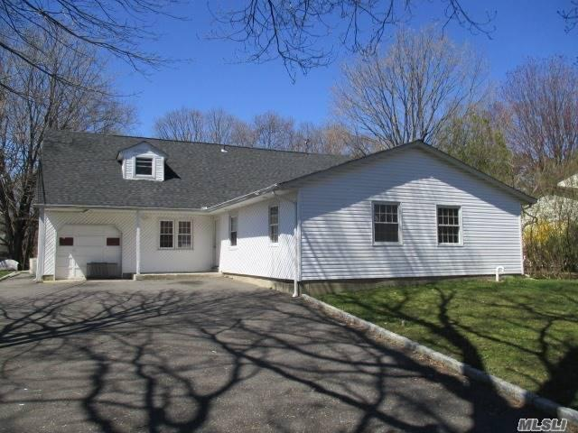 462 American Blvd, Brentwood NY 11717