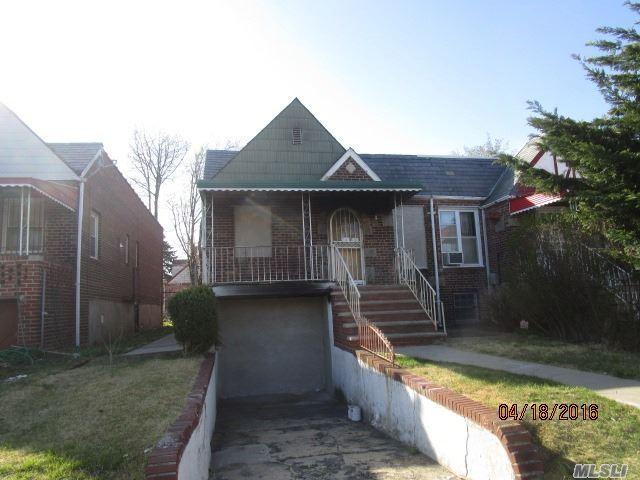 183-20 Dunlop Ave, Saint Albans NY 11412