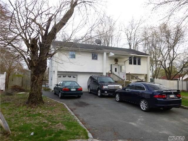 158 Milandy St, Brentwood NY 11717