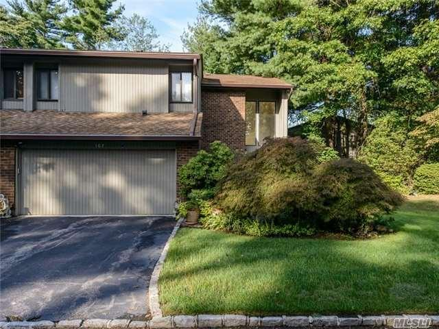 167 High Pond Dr, Jericho NY 11753
