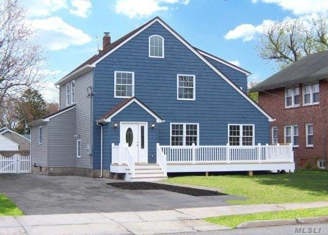 167 Rider Ave, Patchogue NY 11772
