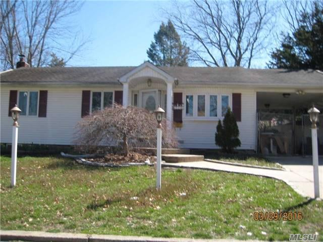 230 Newman St Brentwood, NY 11717