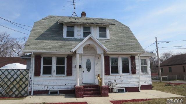 177 2nd Ave, Bay Shore NY 11706