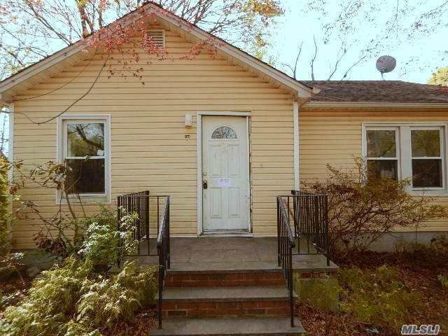 464 Ralph Ave, Central Islip NY 11722