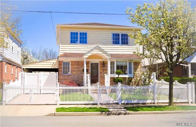 85-55 257th St, Floral Park, NY 11001